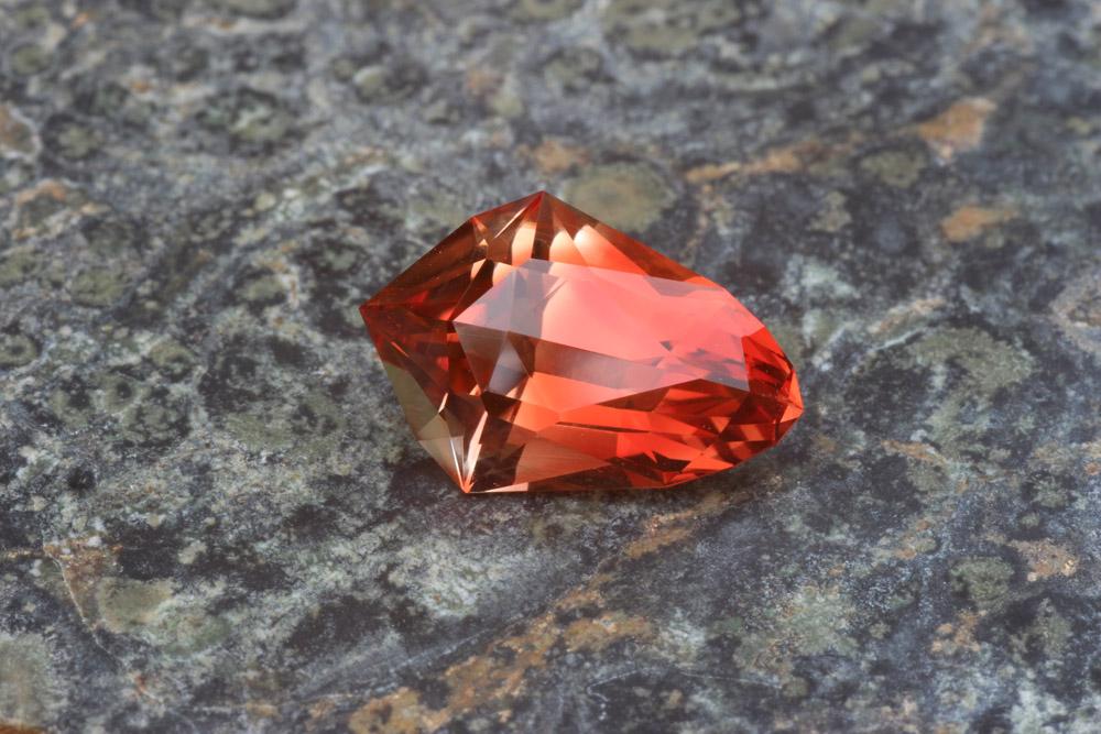 Oregon Sunstone Plush Spectrum Mine Red