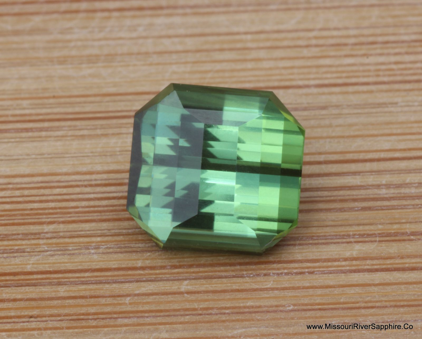 Tourmaline, Green, Nigeria, Precision Cut, Mint