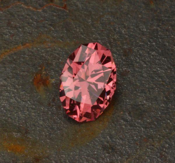 Mahenge Garnet Oval Pink